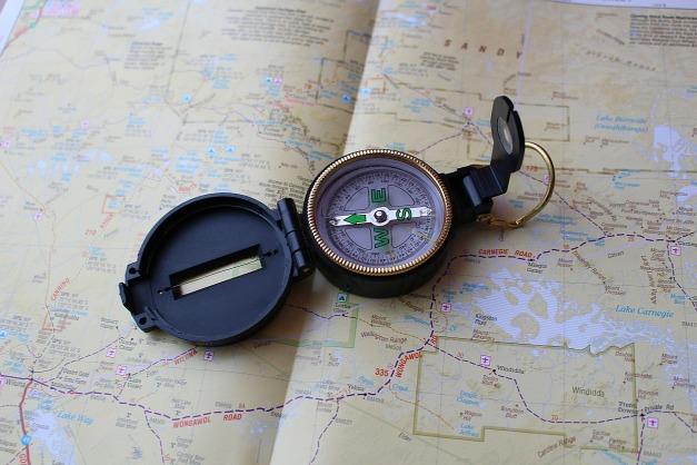 compass-626072_1920